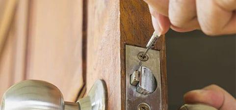 How to: Locksmith Service Professional 2