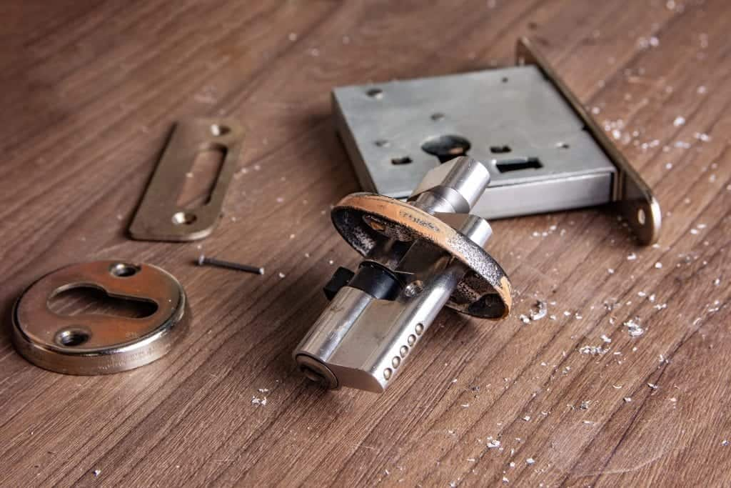 Home Lock Installation & Repair 1